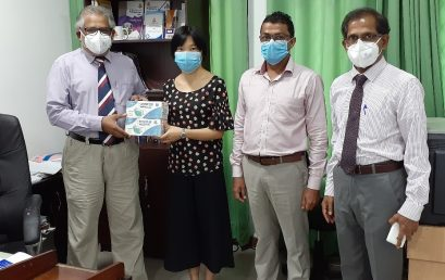 Honghe University donated medical masks to the Faculty of Arts – 25th June